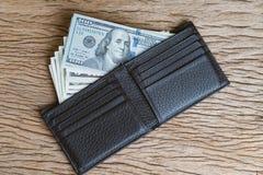 Концепция приобретения, покупки, траты, оплаты или бонуса с кучей u стоковое изображение