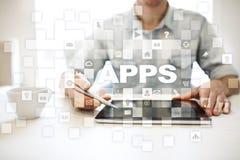 Концепция развития Apps Дело и концепция технологии интернета стоковые фотографии rf