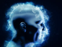 Концепция разума, научного коллектива и энергии человеческая голова 3D с накаляя абстрактными формами Стоковые Фото