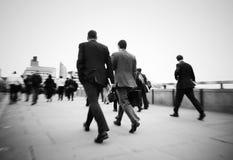 Концепция регулярного пассажира пригородных поездов работы пути джентльмена идя Стоковое Фото