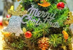 Концепция рождества украшает красным шариком Стоковое Изображение RF