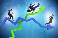 Концепция роста и спада с бизнесменами стоковые изображения