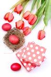 Концепция символов пасхи Букет тюльпанов весны на праздник Стоковая Фотография RF