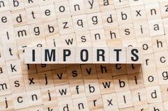Концепция слова импорта на кубах стоковые изображения rf