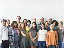 Концепция соединения команды группы людей разнообразия стоковая фотография