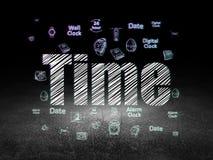 Концепция срока: Время в комнате grunge темной Стоковые Фото