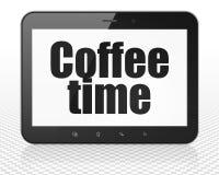 Концепция срока: Tablet компьютер ПК с временем кофе на дисплее Стоковая Фотография RF