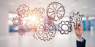 Концепция сыгранности и жест выбирать предпринимателя в elega Стоковые Фото