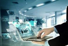 Концепция технологии сервера интернета программируя стоковая фотография