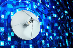 Концепция технологии глобальной связи, телекоммуникационного оборудования и интернета Стоковая Фотография