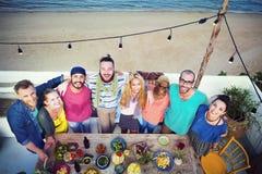 Концепция торжества официальныйа обед лета пляжа Стоковые Изображения