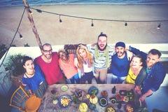 Концепция торжества официальныйа обед лета пляжа Стоковое Изображение