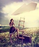 Концепция - фантазия мечтая о перемещении. стоковые фото