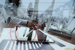 Концепция фокуса на цели с цифровой диаграммой, диаграммой взаимодействует Стоковые Фото