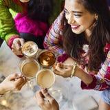 Концепция чая кофе пролома кафа индийской этничности выпивая стоковые изображения rf