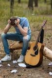 Концепция человека природы гитары усложнения искусства Стоковые Фото
