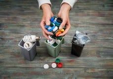 Концепция экологичности, много recyclable объекты в контейнерах Стоковая Фотография RF
