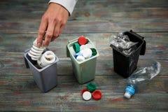 Концепция экологичности, много recyclable объекты в контейнерах Стоковое Изображение