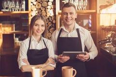 Концепция для профессионального barista в кофейне Стоковые Изображения RF