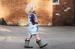 Концепция Acitivity ребенка отрочества отродья ребенк стоковые изображения