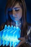 Концепция Technology.Fiber оптическая, женщина с современными светами стоковые изображения