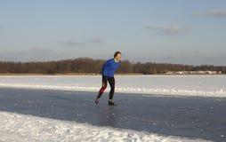 конькобежец мужчины льда Стоковые Изображения RF