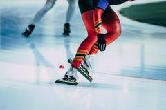 Конькобежец спортсменов женщин ног Стоковые Изображения RF