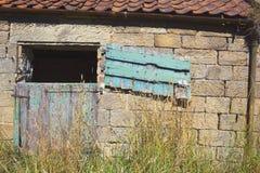конюшня двери старая Стоковое фото RF
