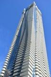 Кондоминиум высотного здания ` s Торонто самый новый роскошный стоковые изображения