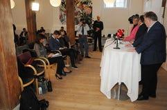 Копенгаген/Дания 15 Ноябрь 2018 3 министра министр Дании Андерса Samuelsen датский для иностранных дел служат для стоковое изображение rf