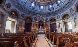 КОПЕНГАГЕН, ДАНИЯ - 26-ОЕ АВГУСТА 2016: Интерьер церков frederik, популярно известный как мраморная церковь в Копенгагене стоковые изображения
