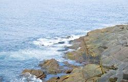 копье seashore плащи-накидк утесистое Стоковое фото RF