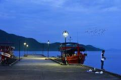 Корабли в порте ko Chang Таиланда стоковое изображение