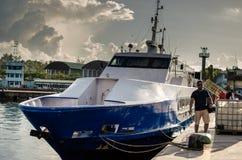 Корабли отдыхая на гавани или порте стоковые изображения