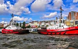 Корабль безопасности на гавани стоковые фотографии rf
