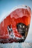 Корабль в льде на разгржать стоковые изображения