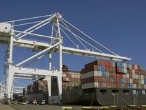 корабль нагрузки контейнера Стоковые Фото