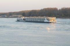 Корабль на реке Стоковые Фото
