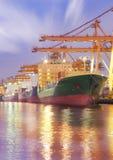 Корабль перевозки груза контейнера Стоковая Фотография