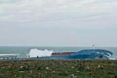 корабль сели на мель Сицилия, котор нефти Стоковые Изображения