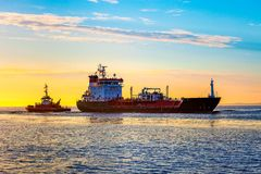 Корабль топливозаправщика LPG на море стоковые фотографии rf