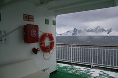 корабль overcast палубы рассвета круиза пустой Стоковое Изображение RF
