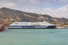 Корабль Roma круиза MS пассажира в порте Барселоны, Испании Стоковые Фотографии RF