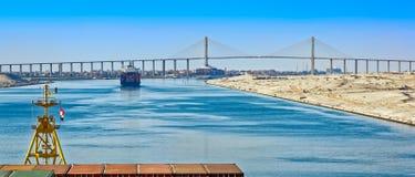 Корабли в канале Суэца Стоковое Фото