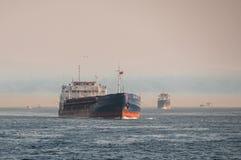 Корабли в море стоковые фотографии rf