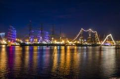 Корабли на ноче стоковое изображение rf