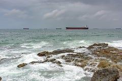 Корабли на плохой погоде стоковые изображения rf