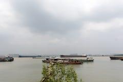 Корабли на Реке Янцзы Стоковое Изображение RF