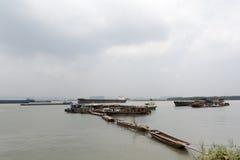 Корабли на Реке Янцзы Стоковые Фотографии RF