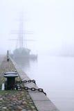 Корабль в тумане стоковая фотография
